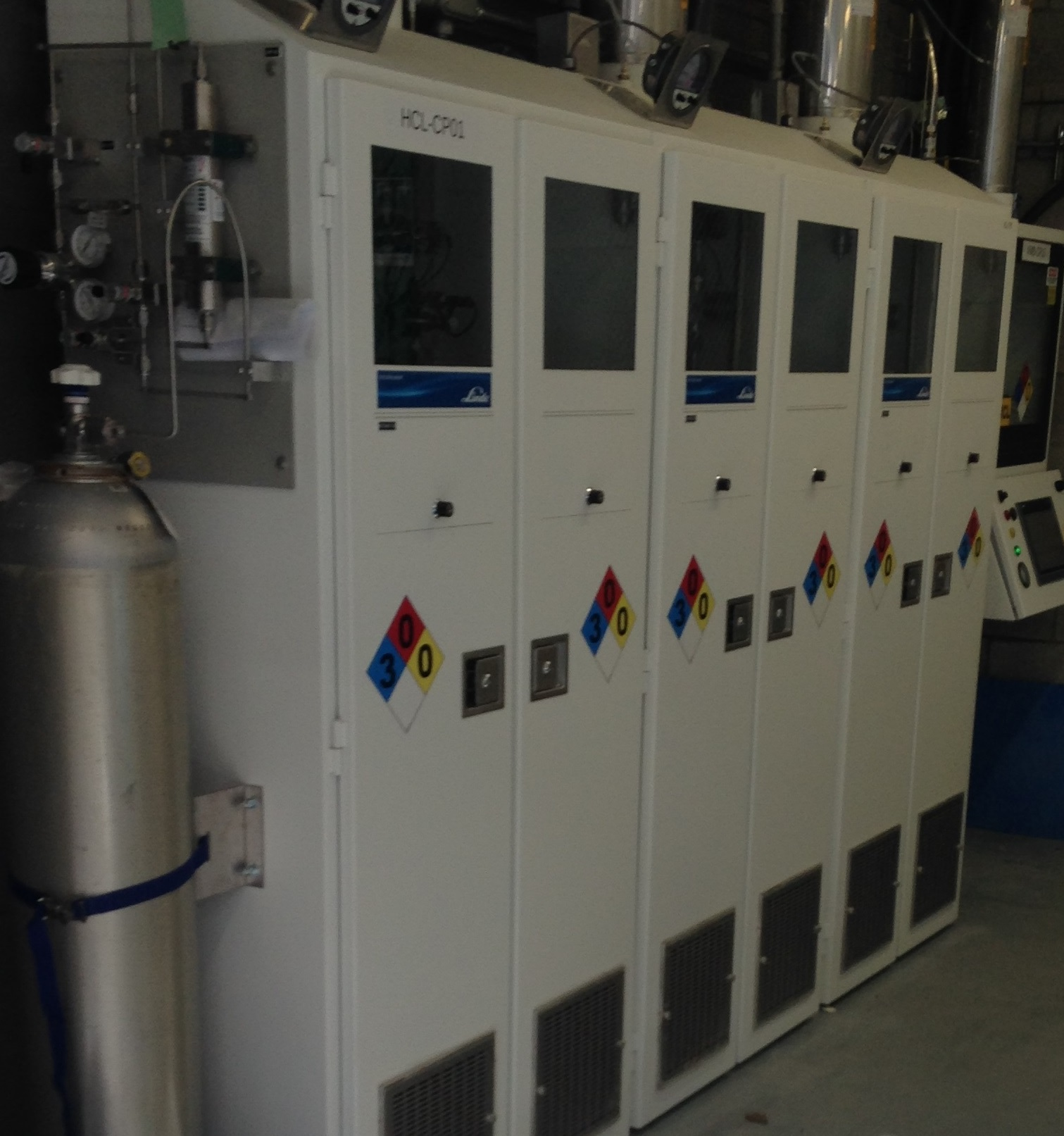 Equipment for electronic bulk specialty gas system (Image should be retouched before usage)