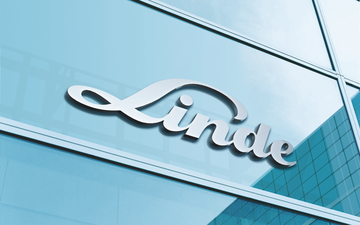 picture shows Linde logo on glass facade