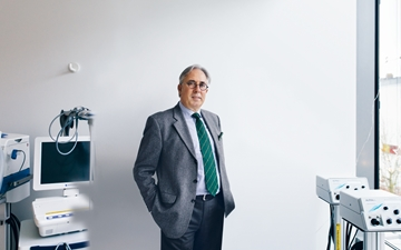 Portrait of Helmut Franz, Global Business Manager Medical Gas Packaging at Linde AG
